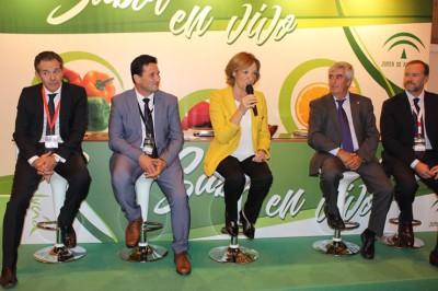 Rafael Domínguez, Ezequiel Ruiz, Carmen Ortiz, Alberto Garrocho y José Luis García-Palacios.